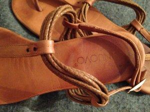 Echtleder Sandale Flip Flop von Inuovo in Gr. 38/ braun Cognac