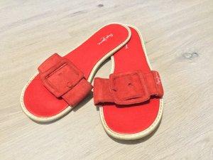 Echtleder Schuhe in knalligem rot von Pepe