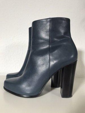 Echtleder-Stiefelette, High-Heel-Stiefelette, dunkelblau, schwarz, Zara