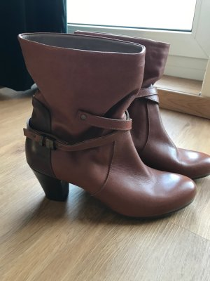 Slip-on Booties brown leather