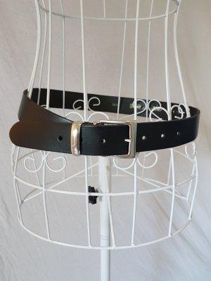 Echtledergürtel in Schwarz mit silberner Schnalle 75cm
