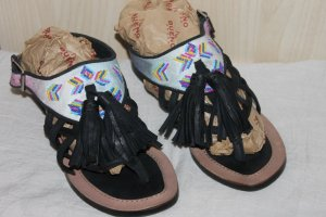 Bronx Toe-Post sandals black leather