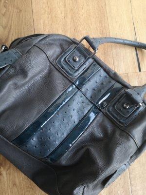 Echtledertasche mit lackleder Details