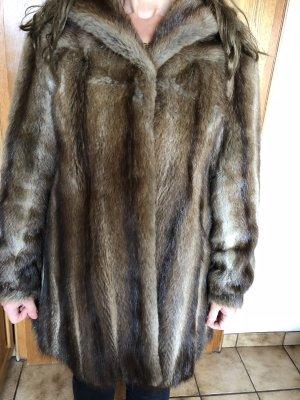Manteau de fourrure bronze-beige