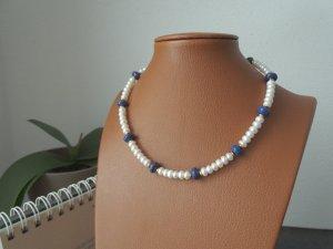 Echtperlenkette mit Lapislazuli und Goldzwischenelementen
