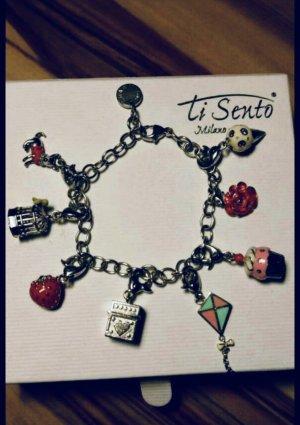 Echtsilberarmband mit 8 Charms der Marke Ti Sento