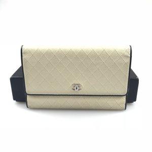 Ecru Chanel Wallet