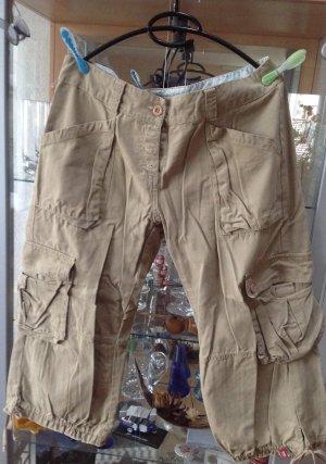 EDC 3/4  worker Jeans Style aus beigen Stoff