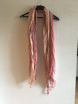 edc dünner Schal ungetragen