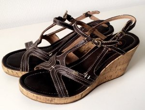 edc by Esprit Platform High-Heeled Sandal black brown