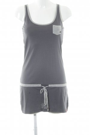 edc Robe t-shirt gris foncé Look de plage