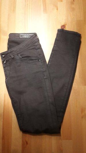 EDC Slim fit Hose schwarz vintage Größe 36