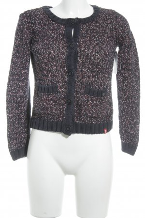 edc Strickweste karminrot-dunkelblau Lochstrickmuster Street-Fashion-Look