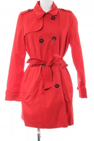 edc Trenchcoat rouge style d'affaires