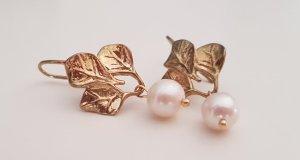 Edel echte Perlen vergoldet NEU Ohrringe