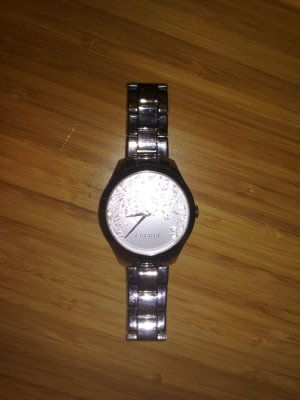 Edelstahl-Uhr von Esprit
