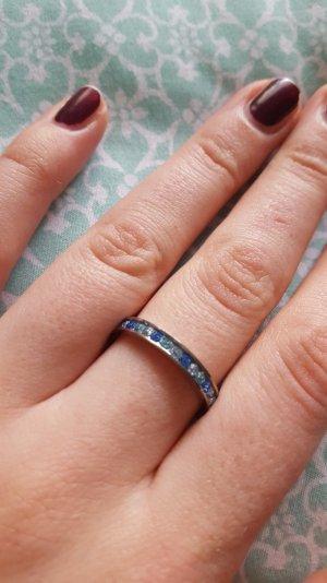 Edelstahlring mit blauen Swarovski Kristallen