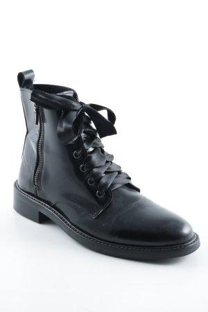 Edited Enkellaarzen zwart straat-mode uitstraling