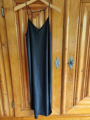 **EDITED** schwarzes Kleid