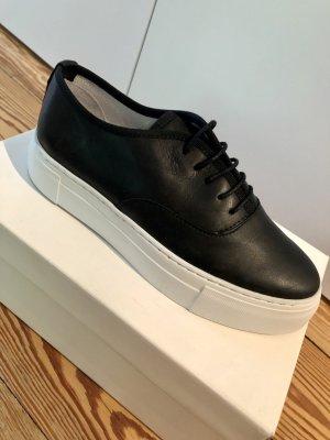EDITED Sneaker Ella - schwarz - NEU MIT KARTON & UNGETRAGEN