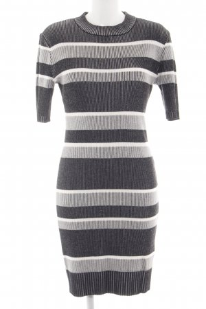 Edited Strickkleid Streifenmuster Casual-Look