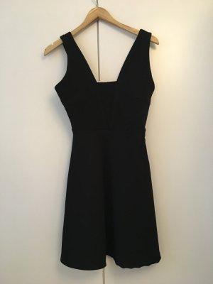 EDITED the label Figurbetontes Kleid 'Nuna' Größe: 36 , schwarz