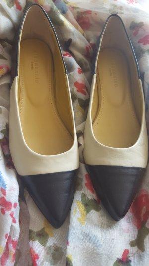 Edle Ballerinas von Liebeskind schwarz creme Chanel-Stil Spitz Flats 40