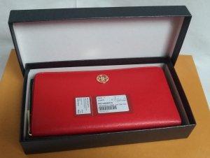 edle große Geldbörse in einem attraktiven Rot