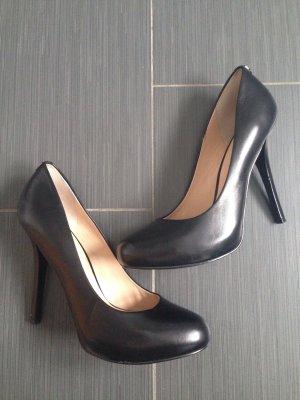 Edle Guess High Heels Gr. 40