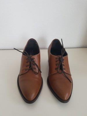 Evita Zapatos brogue marrón claro