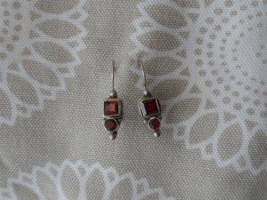 edle Ohrringe aus 925 Silber mit Granaten wenig getragen