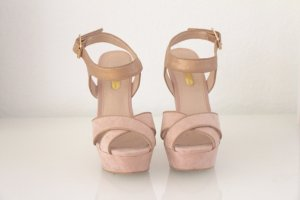 Edle Plateau high Heels in Nude