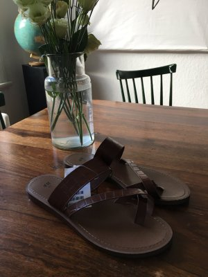 Edle Sandaletten in Leder Optik