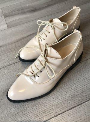 Edle Schuhe in Creme