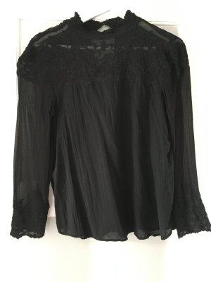 Edle schwarze Bluse mit Spitze von Zara