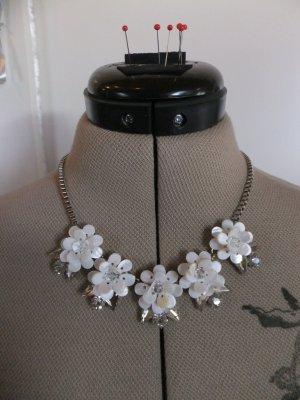 Statement Necklace silver-colored-white