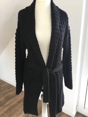 Edle Strickjacke von Hugo Boss