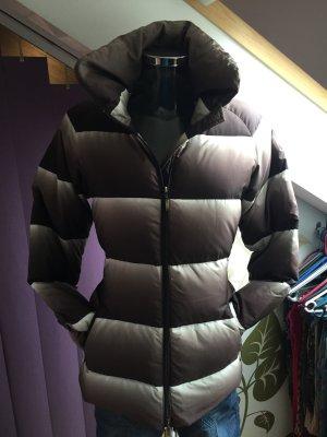 Edle warme leichte Daunenjacke mit coolem Farbverlauf ~ Marke APRIORI ~ Gr. S