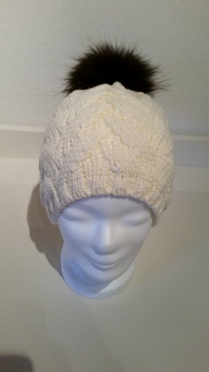 Bobble Hat white-black brown wool