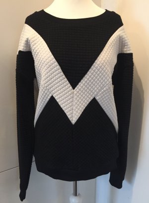 Edler Black & White-Sweater in Steppoptik - von Gestuz / Gr. L