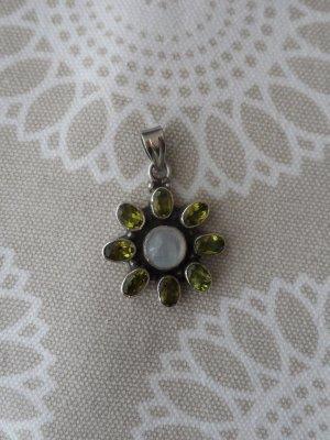 edler Blumen Anhänger aus 925 Silber m. Mondstein u. Peridot wenig getragen