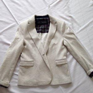 Edler Jersey Blazer mit Patches von Zara