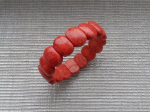 Braccialetto sottile rosso chiaro