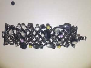 Edles Armband von Mango mit tollen Steinen