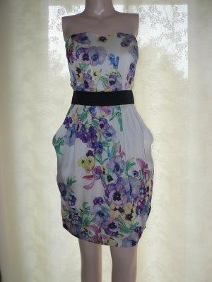 Edles Bandeau-Kleid aus Satin geblümt