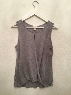 Edles Basic Shirt von H&M Conscious Collection