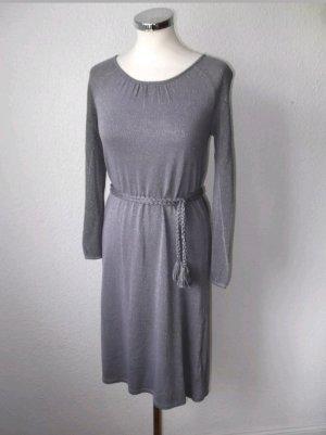 Kleider günstig kaufen | Second Hand | Mädchenflohmarkt