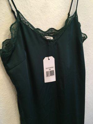 Edles grünes Kleid // Slip on dress aus Satin von Edited mit Spitze knielang