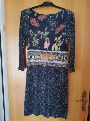 edles  klassisch schönes Kleid von Maliparmi im Mustermix # D 40/D42