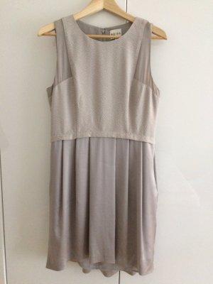 Edles Kleid Größe 40 beige grau